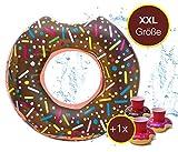 Aufblasbar Donut Ø 120 cm mit Biss Schwimmring Schwimmreifen Luftmatratze Schwimmkissen braun, Pool & Wasser, mit 1x Getränkehalter für Erwachsene & Kinder Schwimminsel Schwimmtier (Brauner Donut)